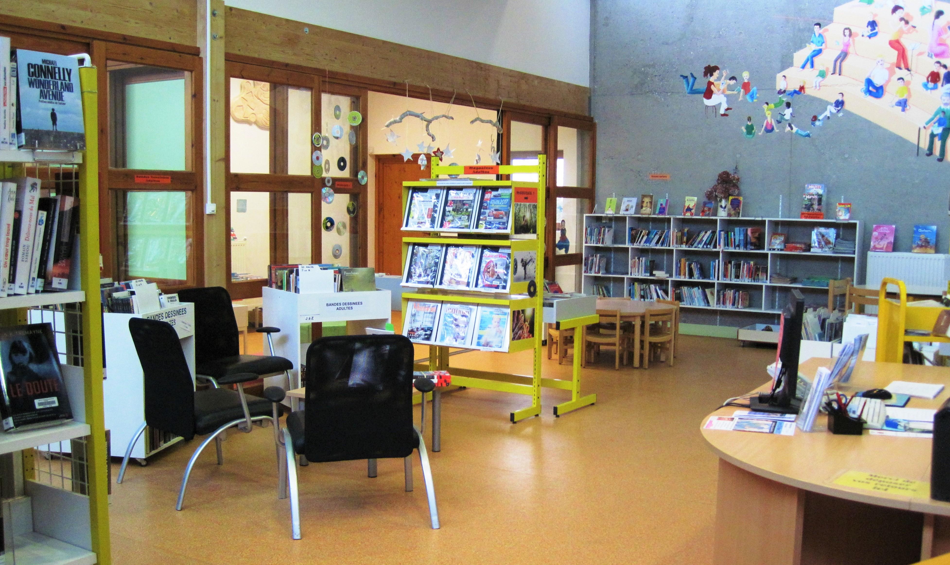 mediatheque interieur.JPG