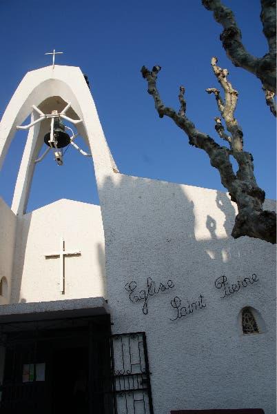 eglise-saint-pierre grau du roi.jpg