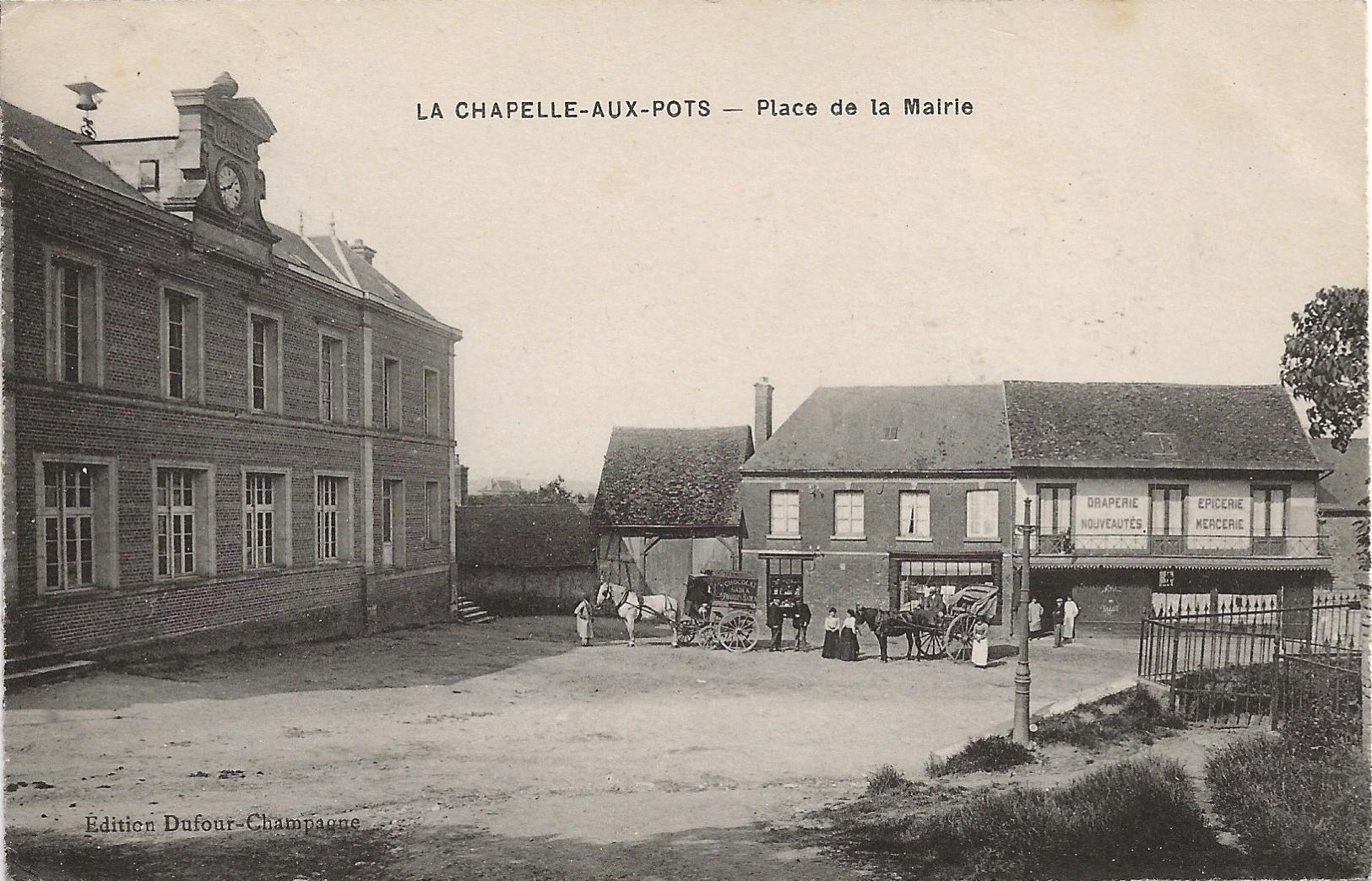Carte postale Place de la mairie.png