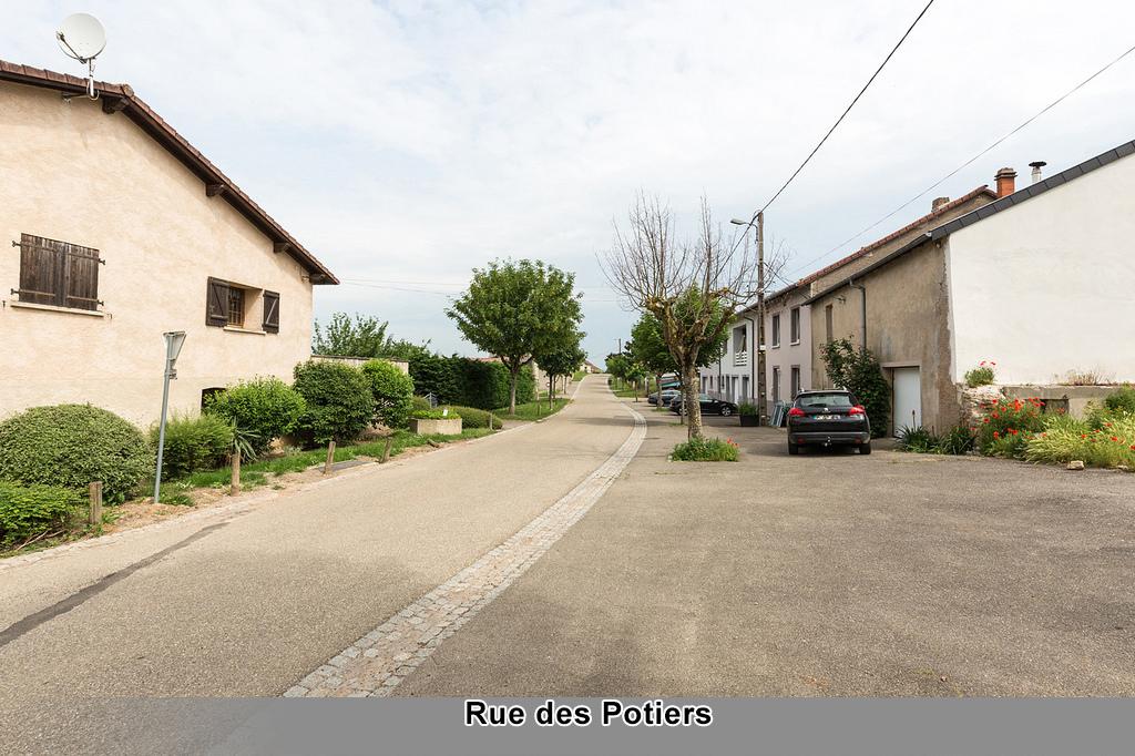 Rue Potiers.jpg