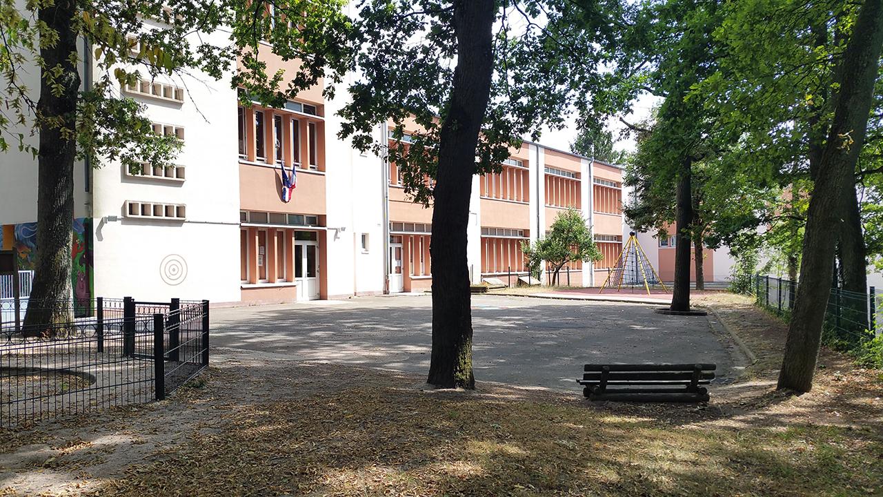 Ecole maternelle Bas-Steinbesch.jpg
