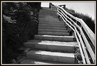 2010-Escaliers côté Ouest.jpg