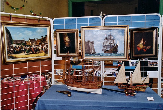 2001-Stand André DREAN Peintures _ Maquettes.jpg