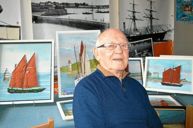 2021 02 14-jean-le-paih-expose-ses-tableaux-maquettes-dans-la-vitrine_5534709_676x450p.jpg