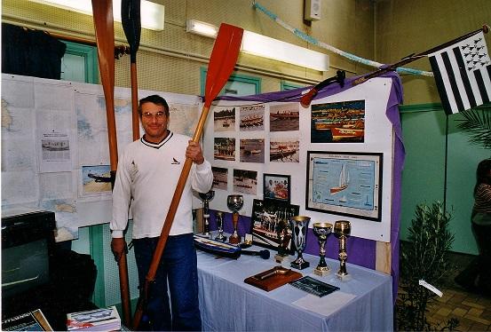 2001-Stand PYF Yole de mer.jpg