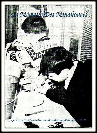 Confection tableaux d_algues en 1969.jpg
