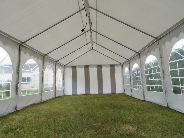Vue intérieure de la tente 40m2