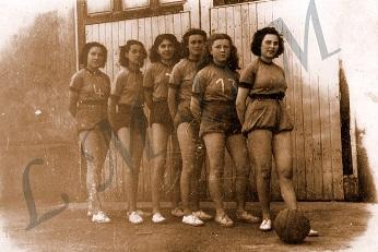 1.Equipe filles.jpg
