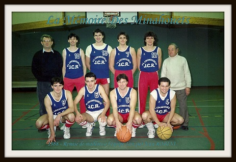 1988 - Remise des maillots J ROBINI.1.jpg