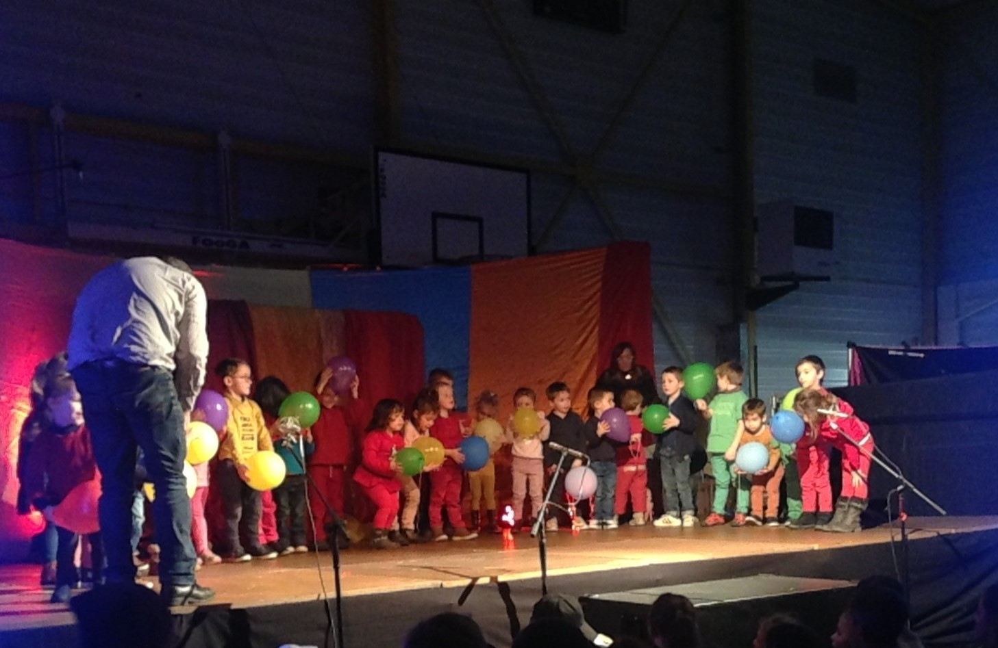 ECOLE LM SPECTACLE