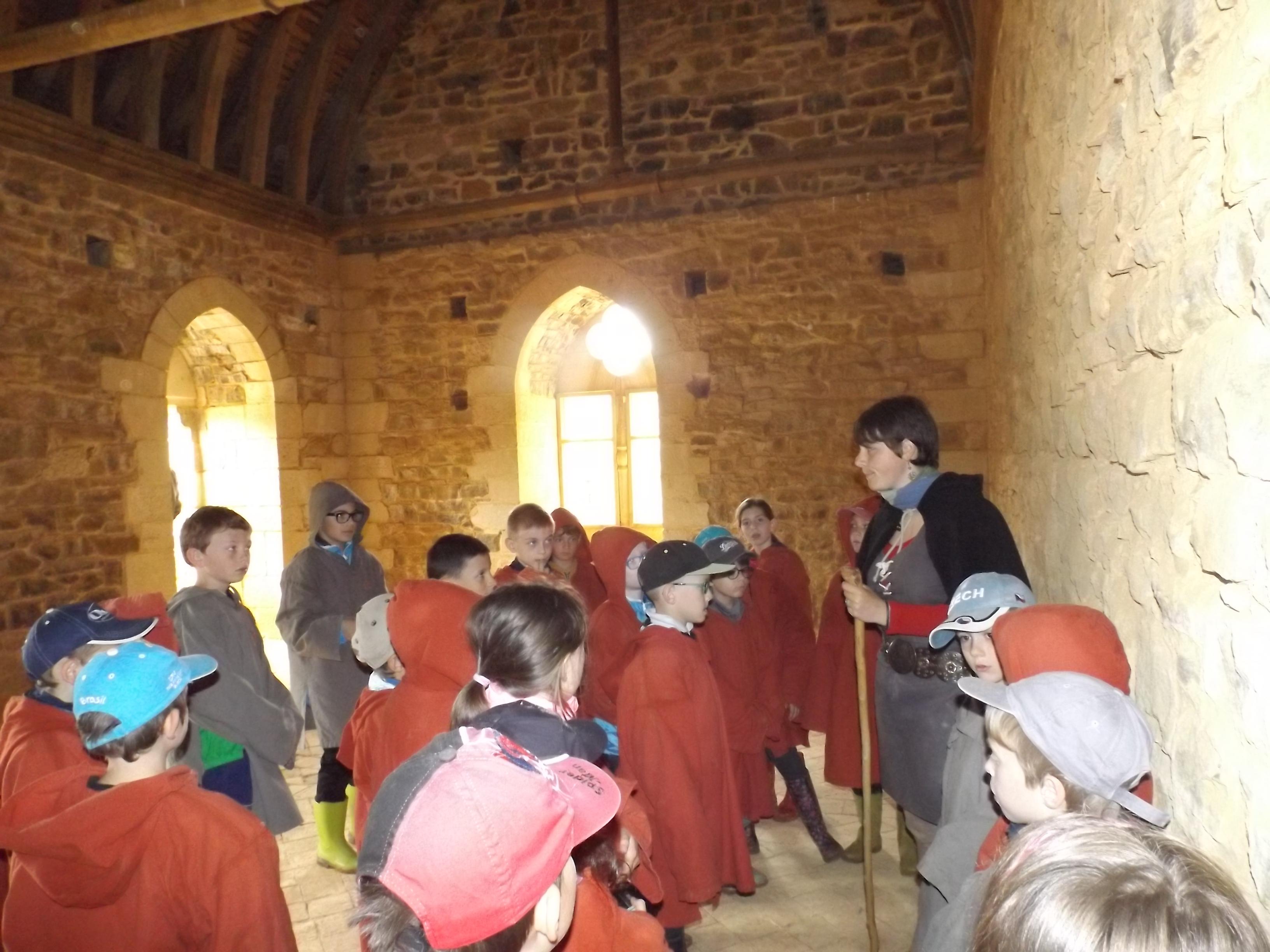 GUEDELON Visite du château.JPG