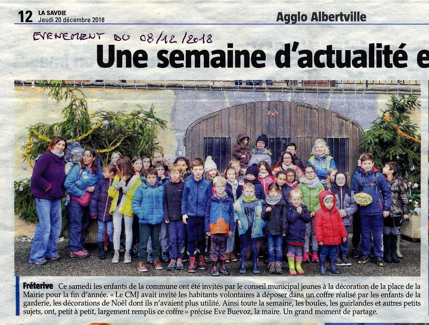 18 12 08 Déco Noël Mairie0002.jpg