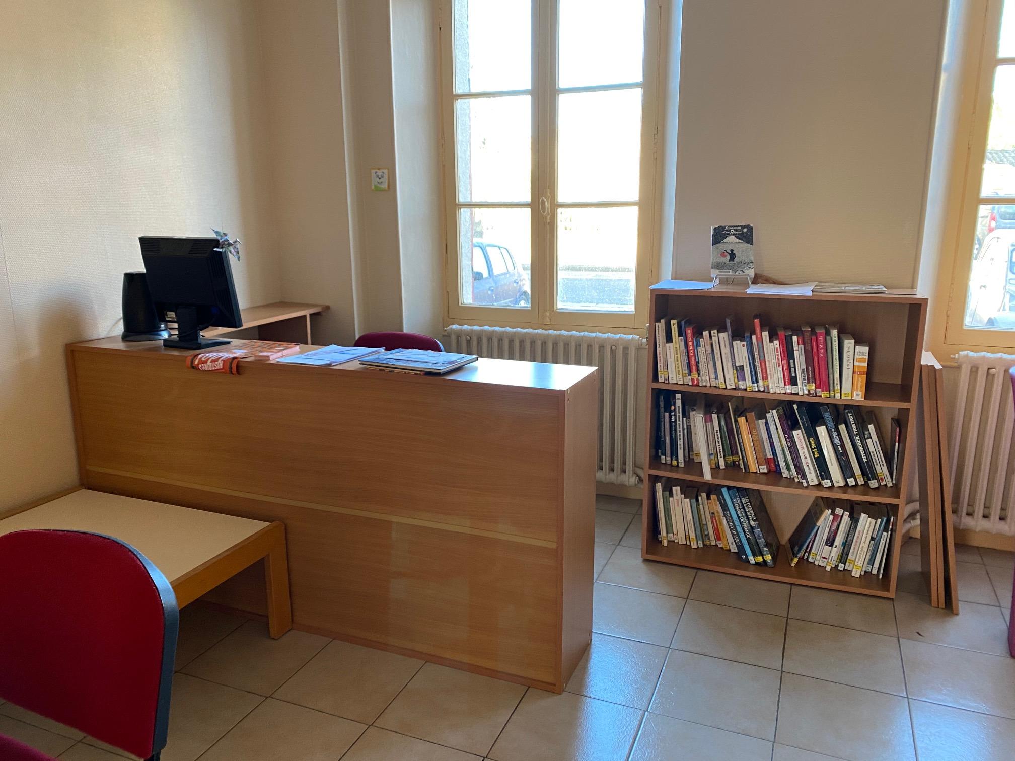 Comptoir Bibliothèque.jpg