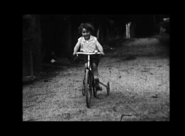 Image La reine bicyclette.jpg