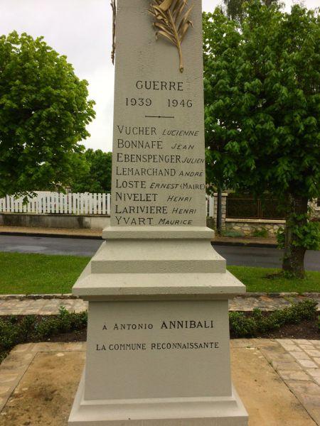 Monument aux morts 2.jpg