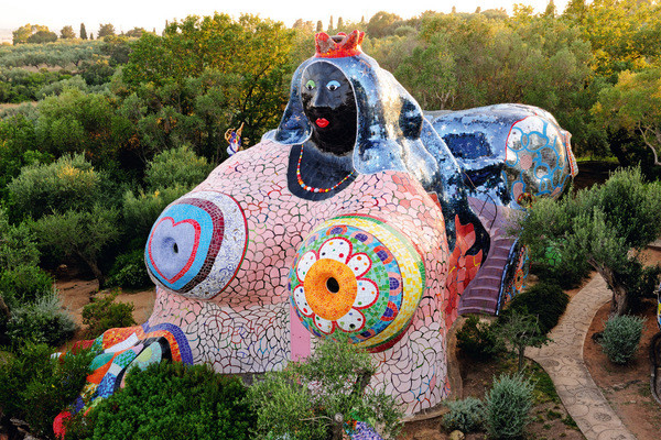 Jardin du Tarot.jpg