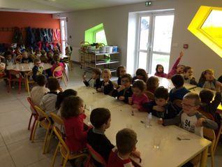 restaurant scolaire petit.jpg