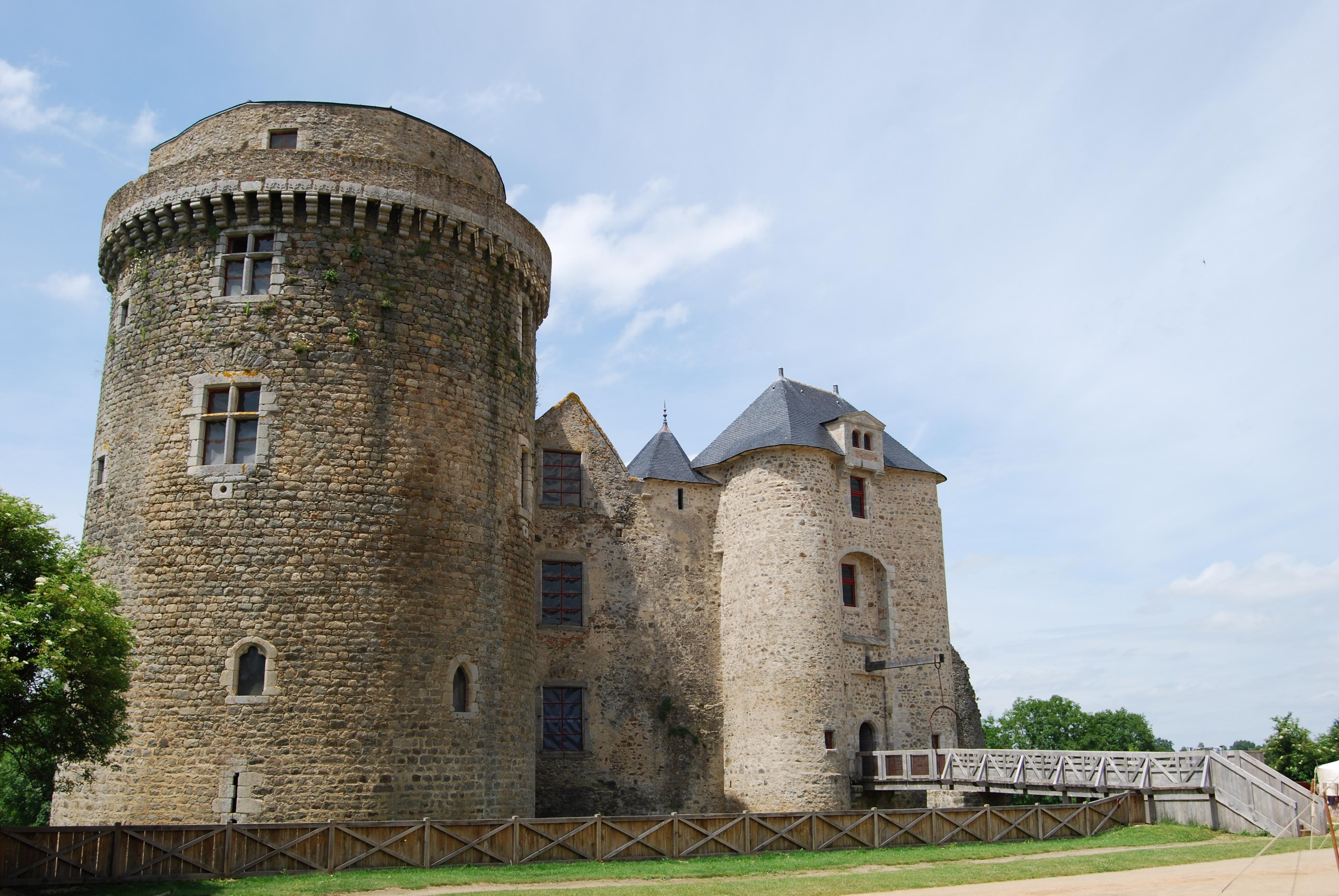 Château de Saint Mesmin _2_.JPG