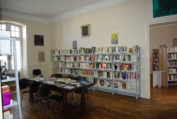 Bibliothèque communautaire 2