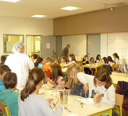 grands cantine.png