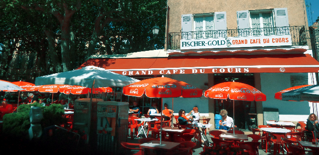 GrandCafeCours02.png