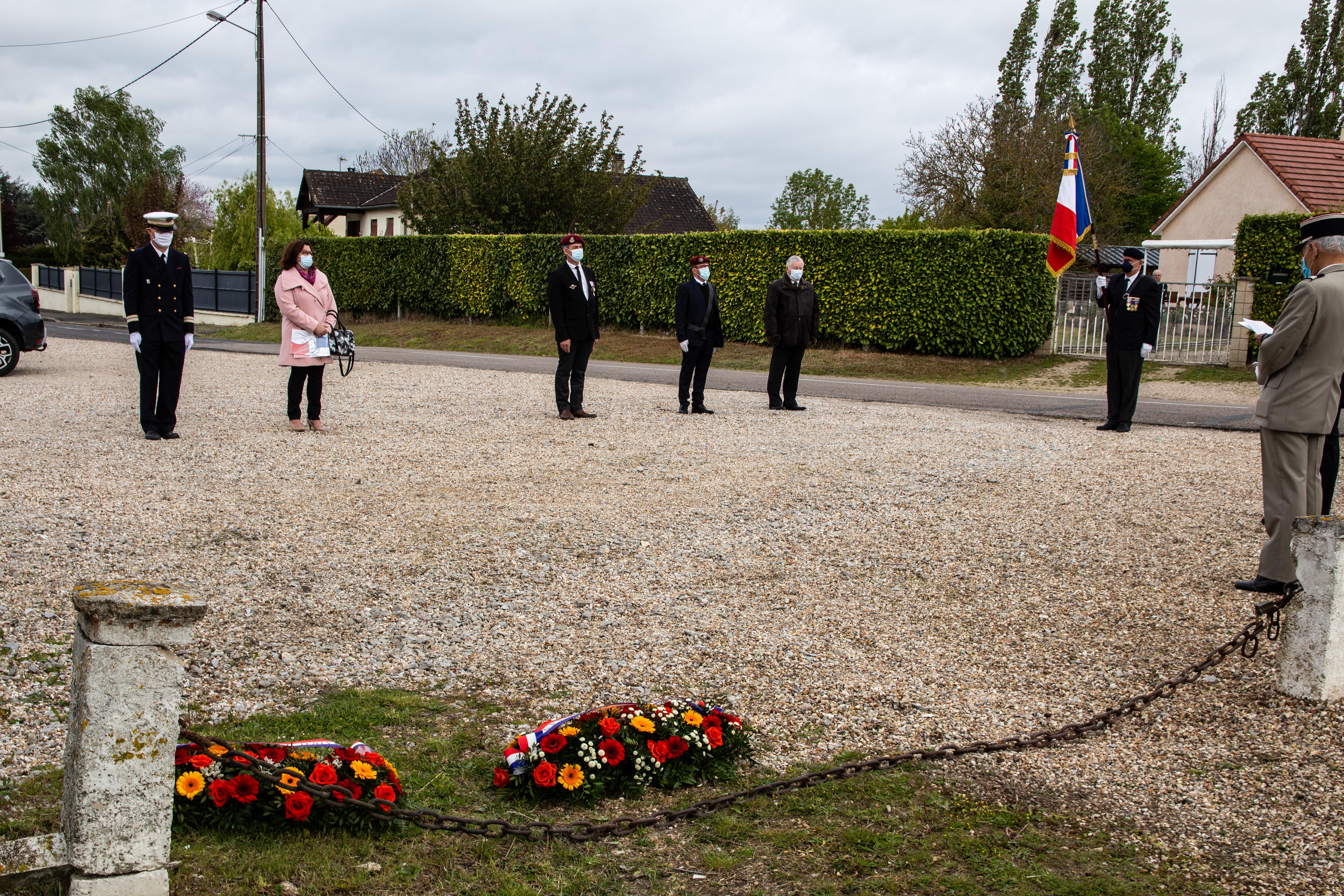 Tournage tricotage entrerprise Maternne à Moreuil photo façade batiment 5 _7 sur 15_.jpg