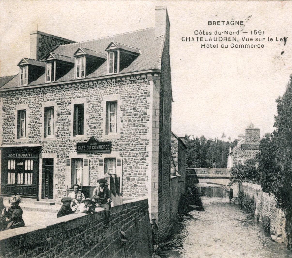 Place du Leff hotel commerce.jpg
