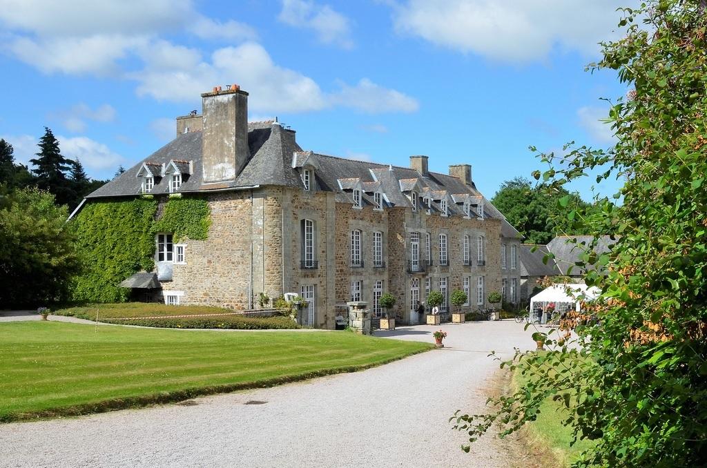chateau ville chavalier 2.jpg