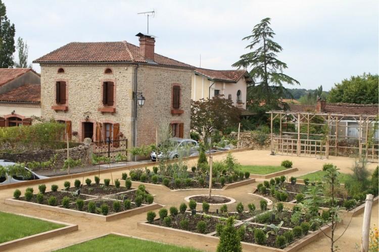 Jardin Médiéval.jpg