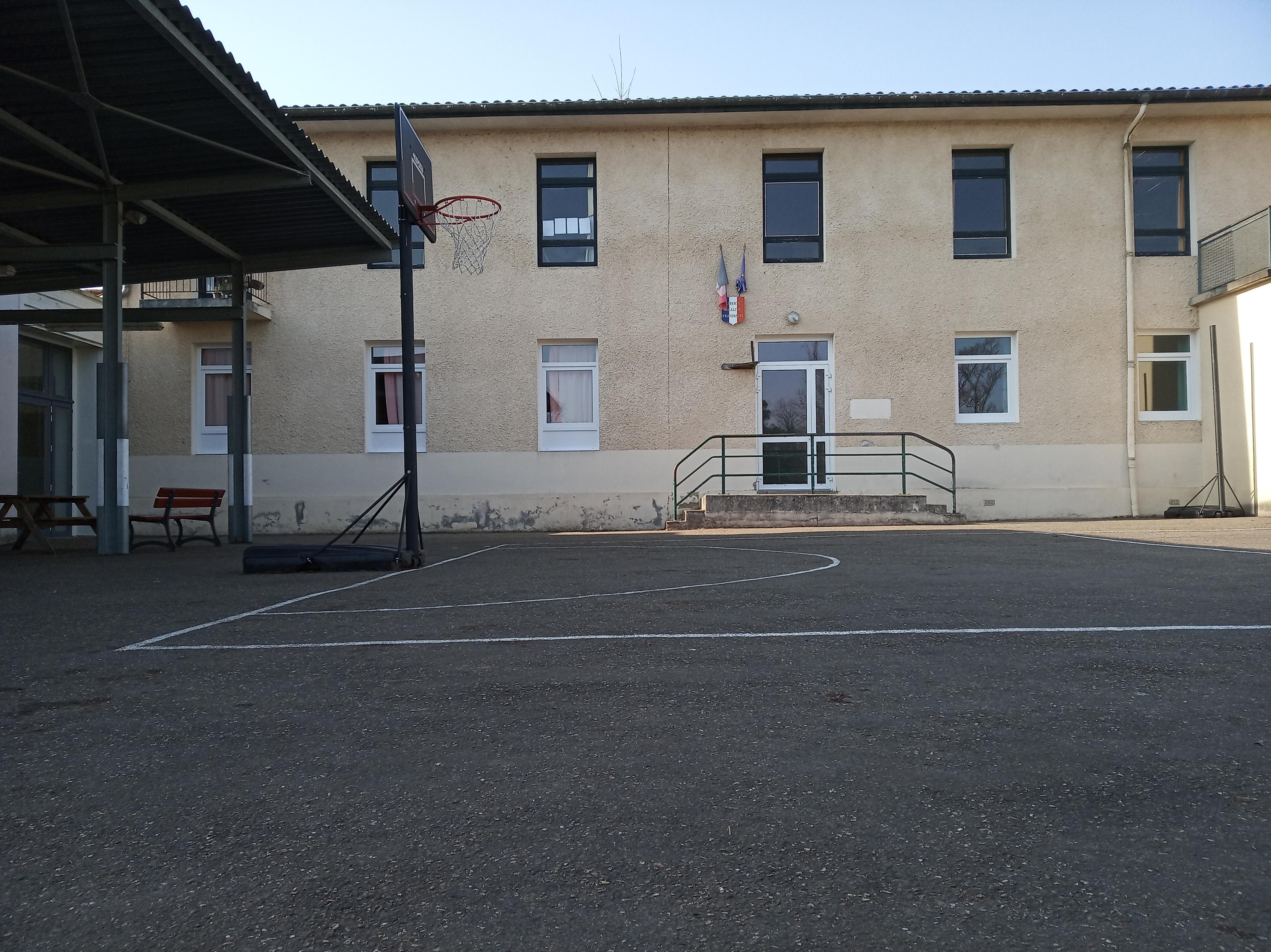 Ecole élémentaire3.jpg