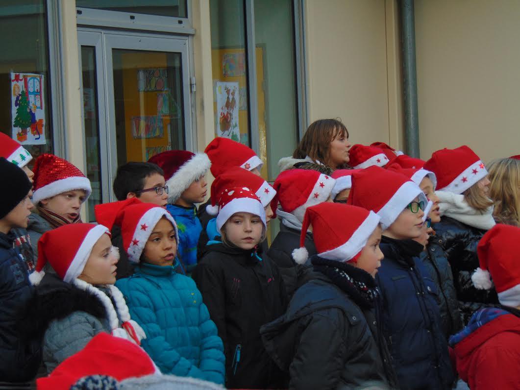 fête de Noël à l_ecole.jpg