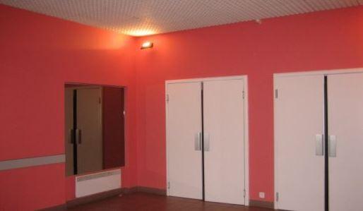 salle du bourg2.JPG