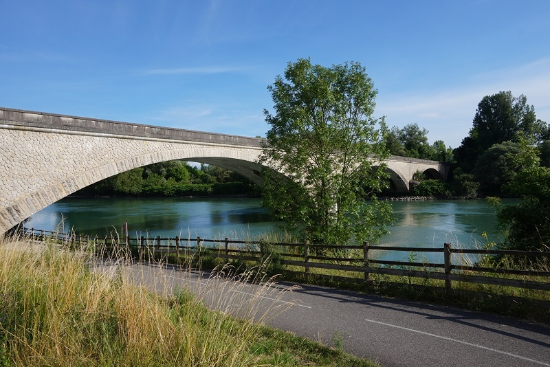 Pont d_évieu.jpg