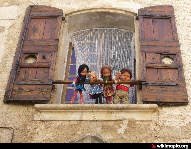 Maison poupées 2.jpg