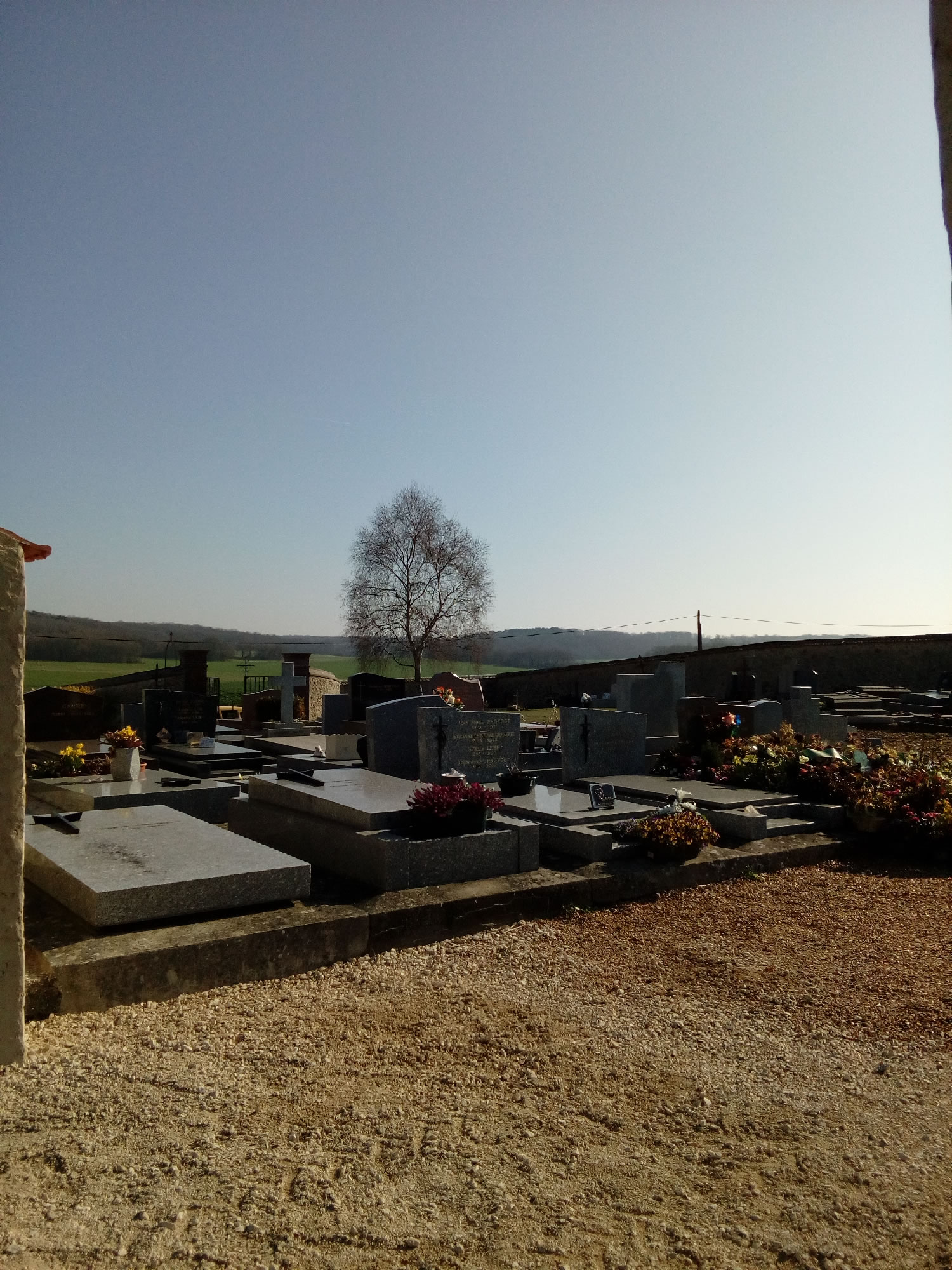 cimetière petit.jpg