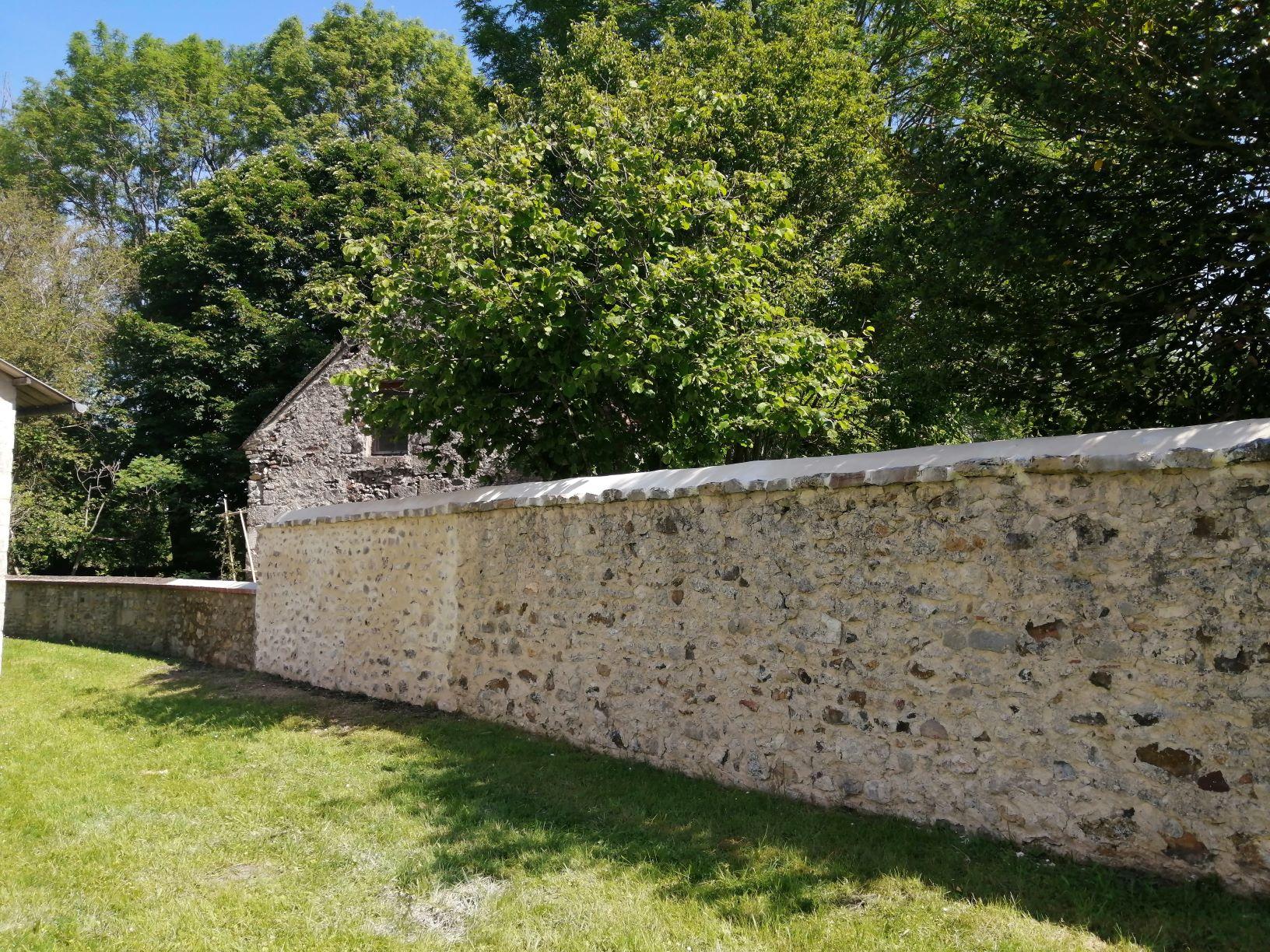 mur église5 reduite.jpg