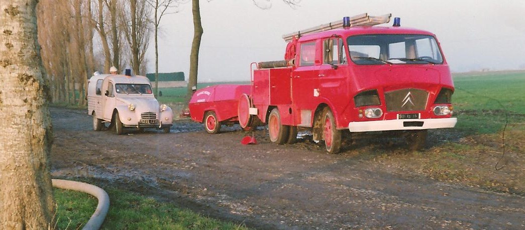4_Vehicules_7_1992.jpg