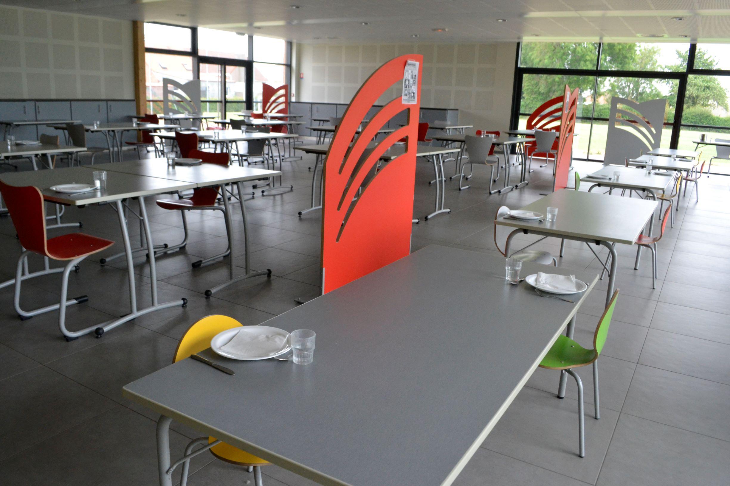Cantine_salle_restaurant_5.jpg
