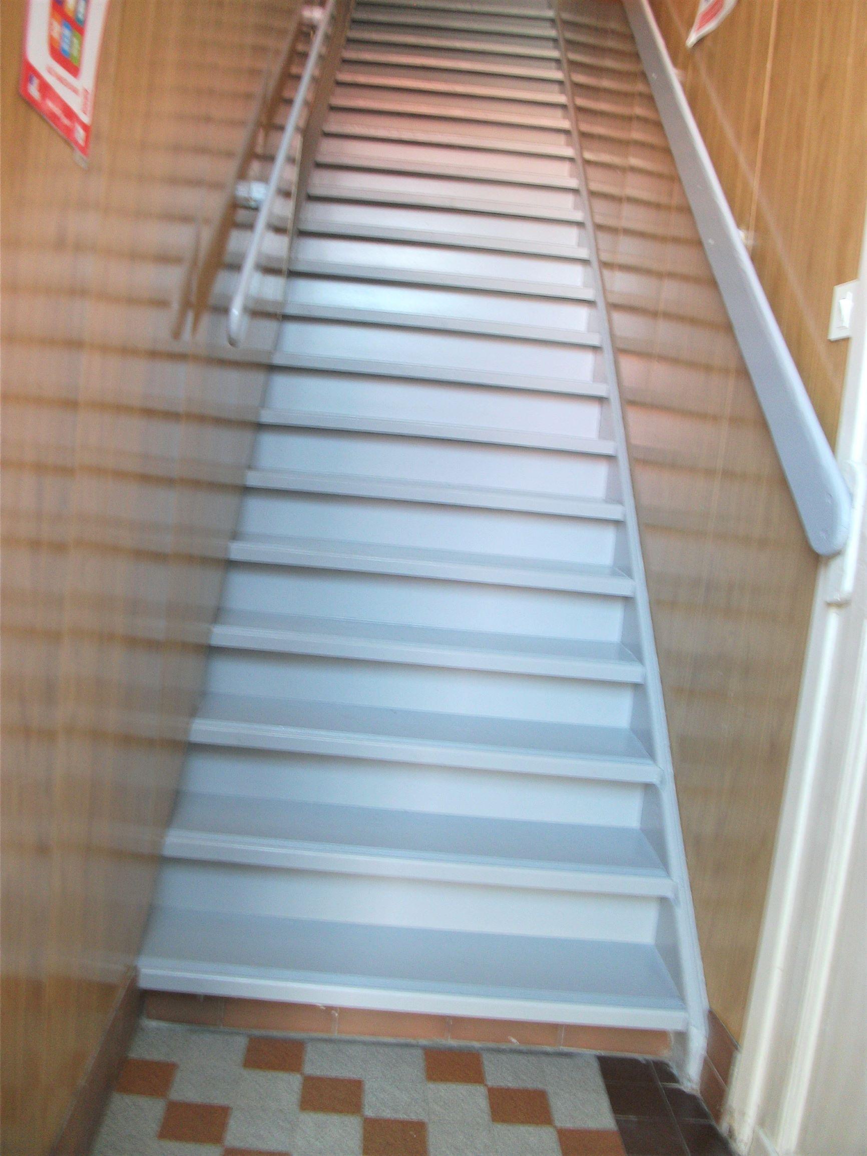 Ecole_MVDM_escalier_2.JPG