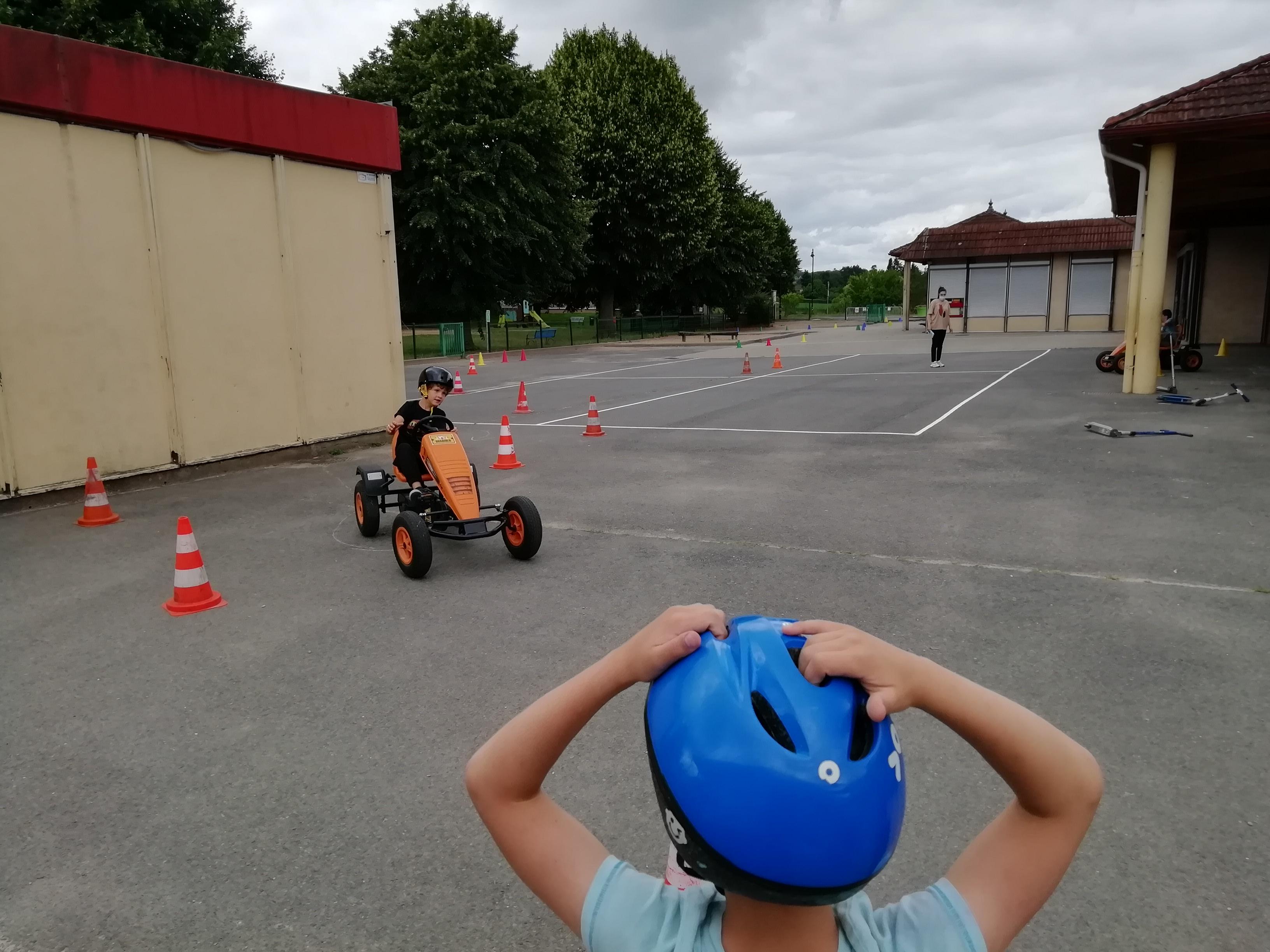 Karting à pédales 4.jpg