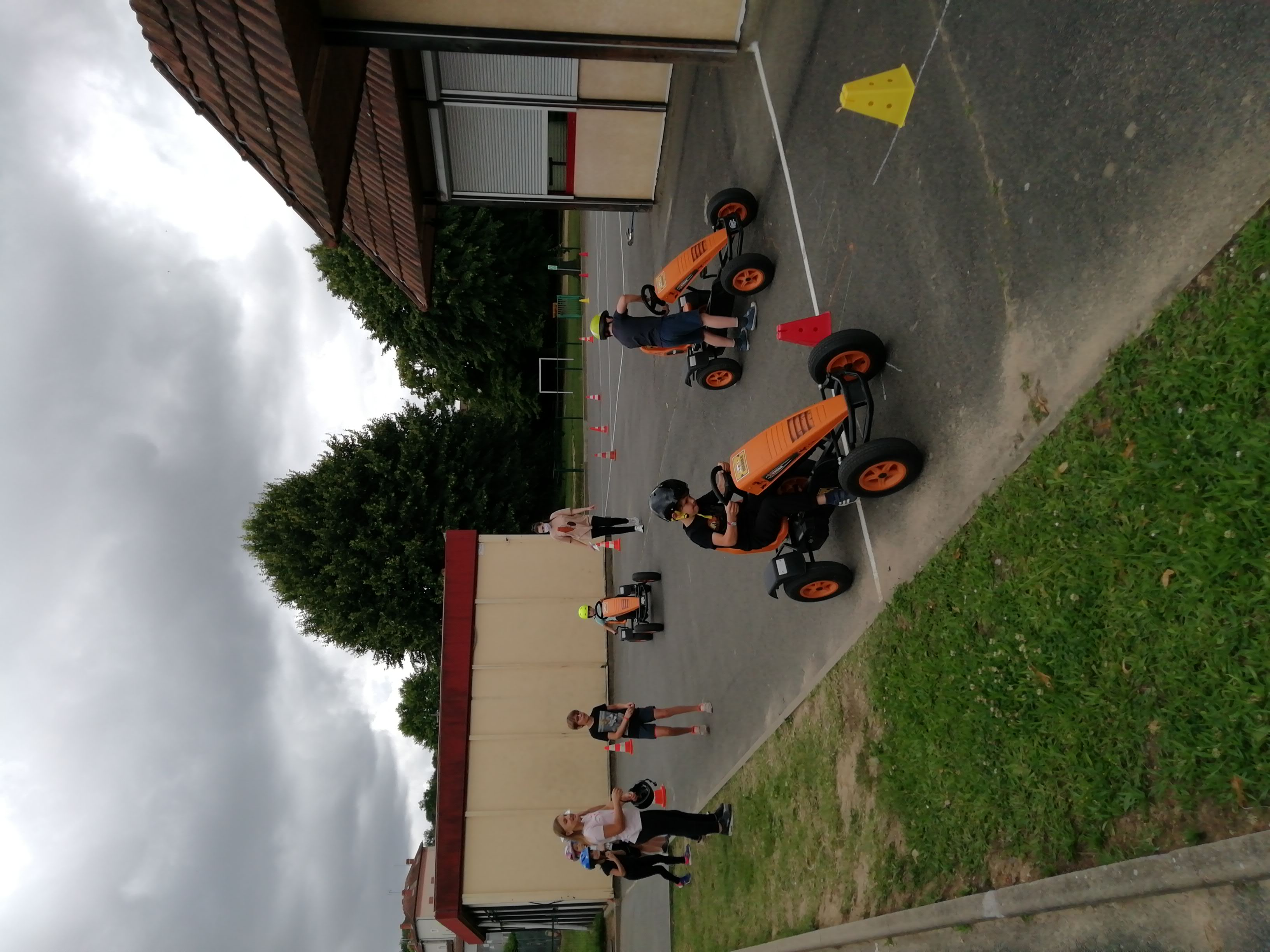 Karting à pédales 2.jpg