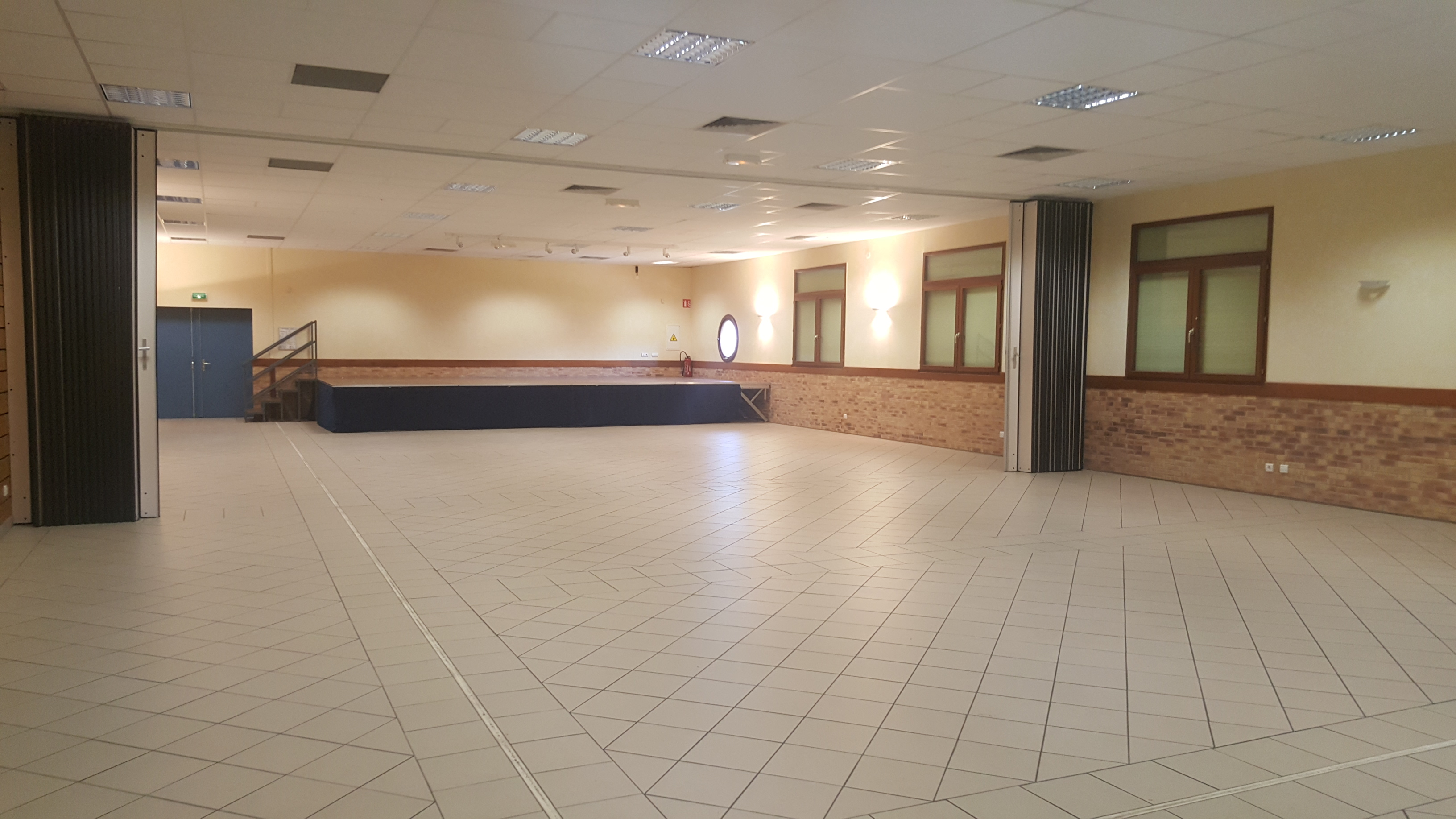 Salle SDF.jpg