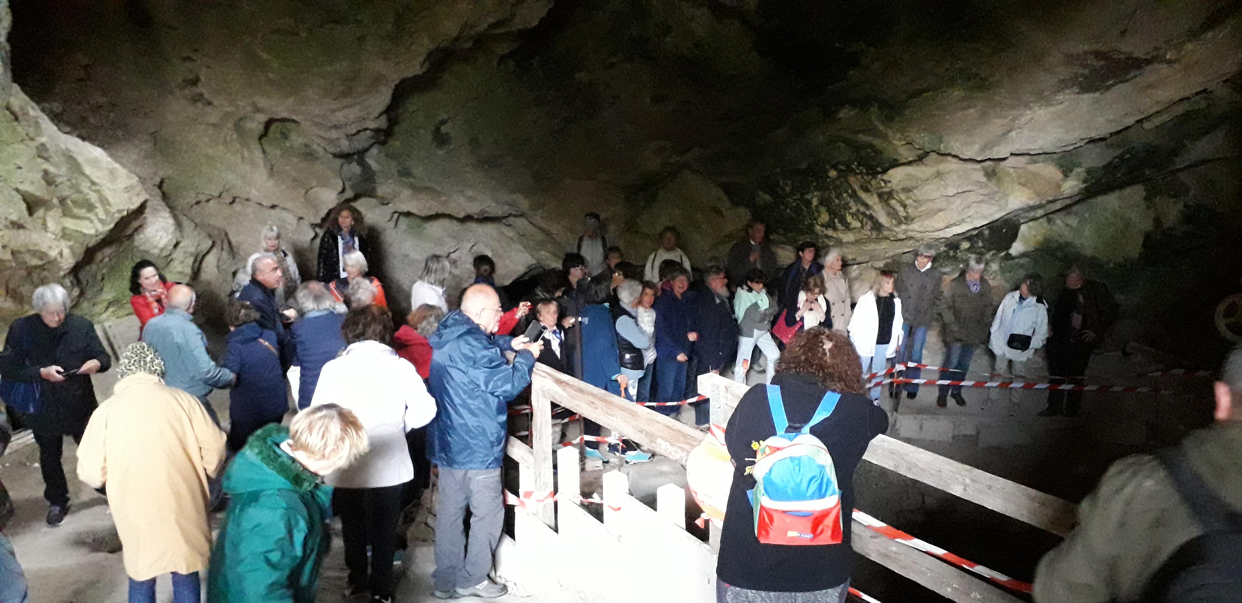 visite grotte.jpg