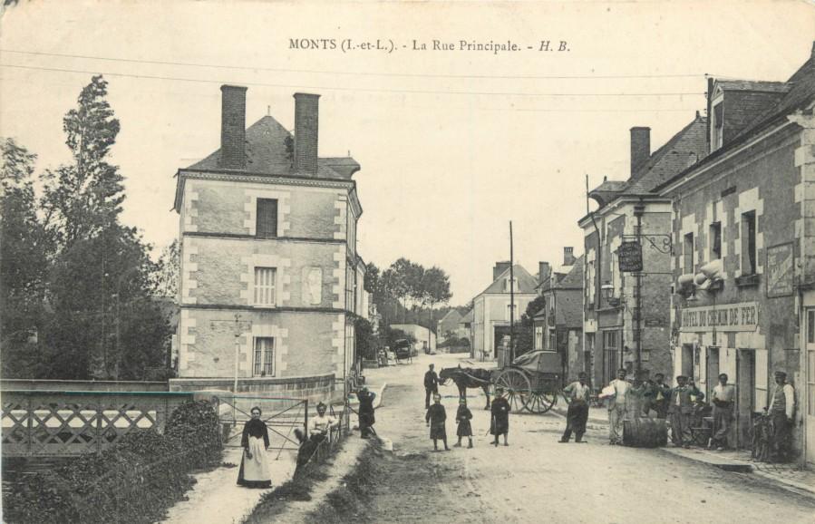 Monts ancien - rue principale.jpg