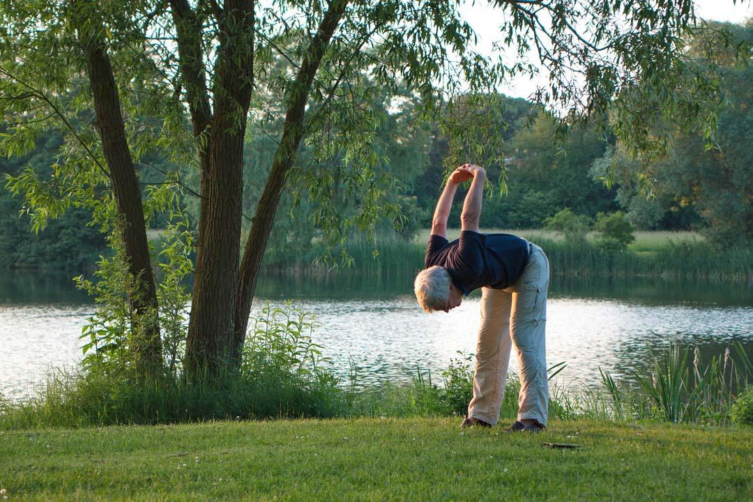 Image yoga senior.jpg