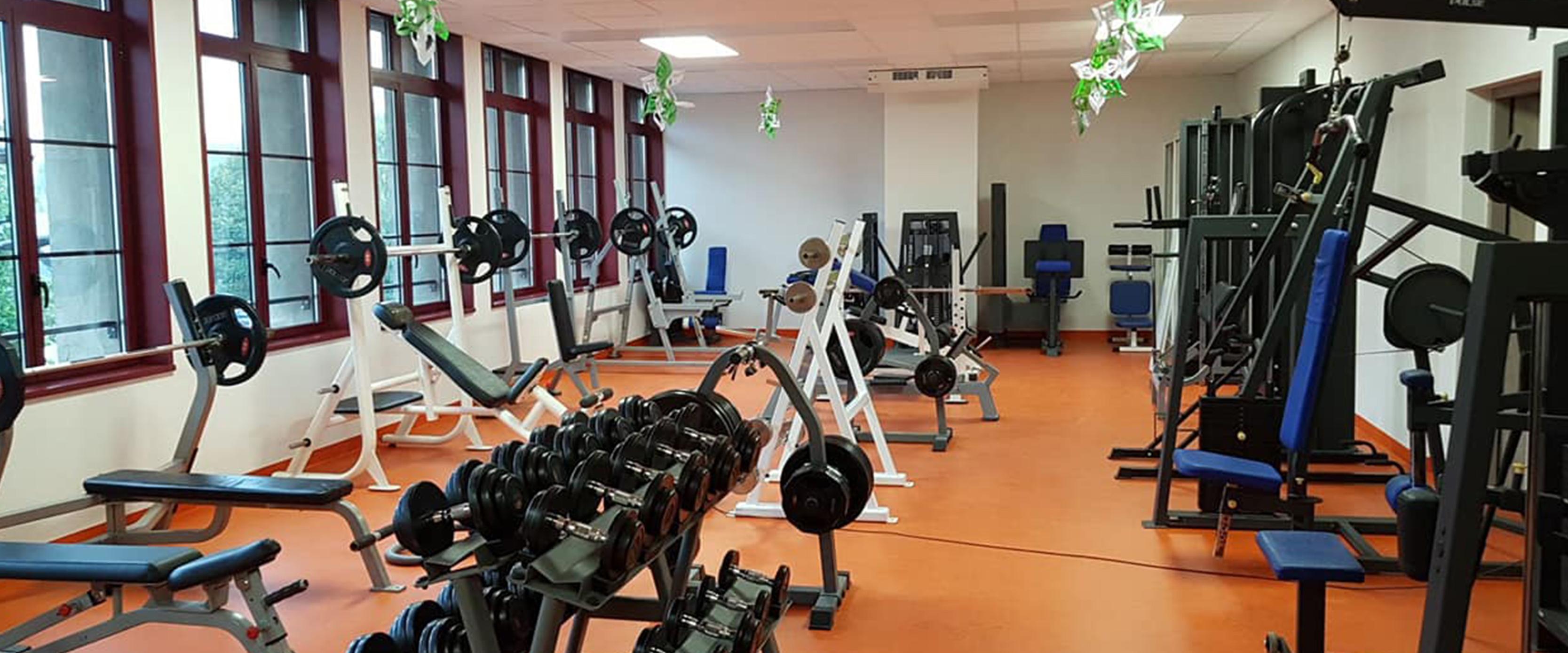 salle-musculation-besse-equipements-sports.jpg