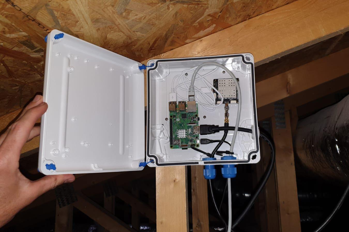 Base GNSS RTK 2.jpeg