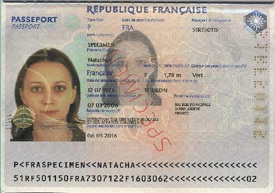 Passeport électronique.jpg