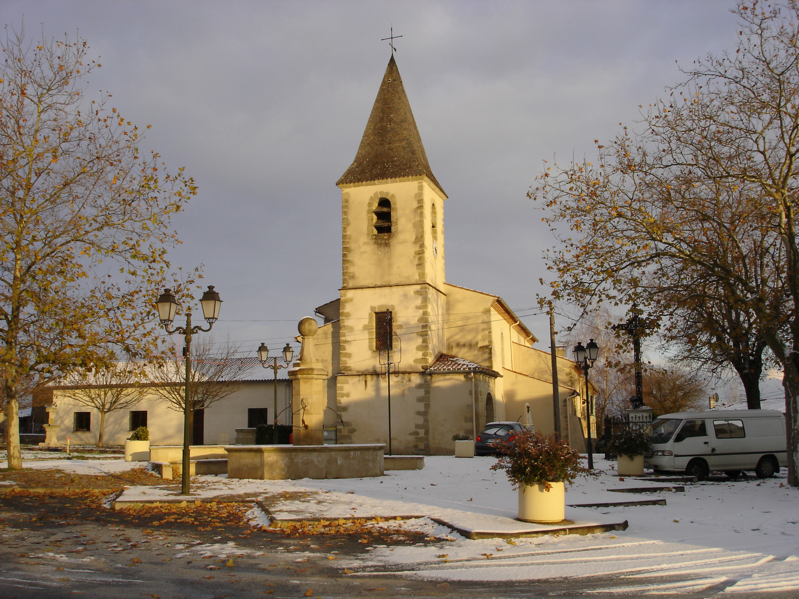 Église _ Place du village 1 _DSC03590_.JPG