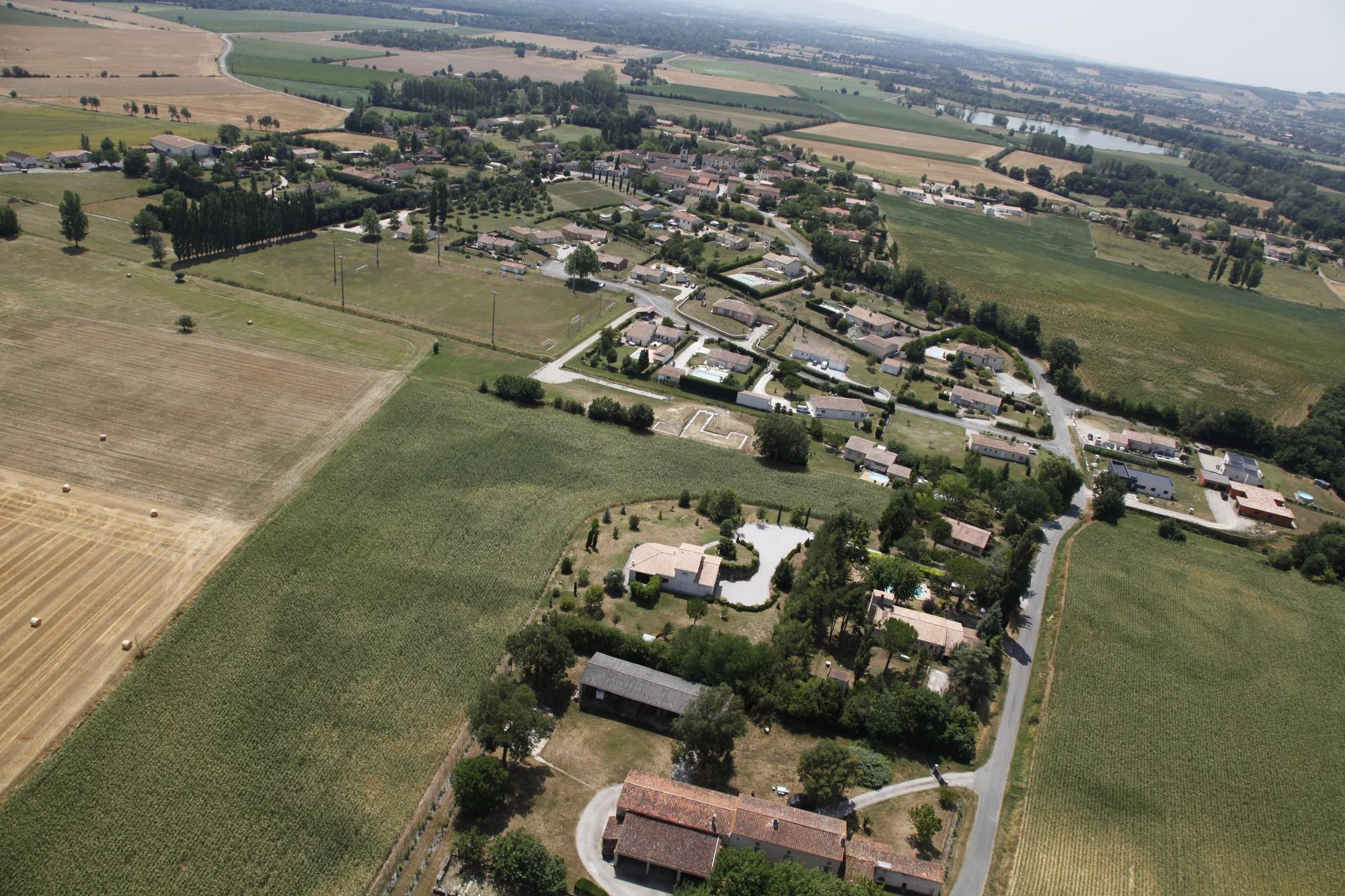 Fréjeville - Village _ La Doumérié 2.jpg